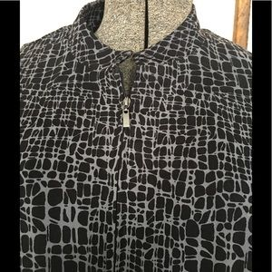 JM Collection Jackets & Coats - JM Collection black patterned zip front jacket.